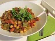 Lecker und reich an Proteinen! Kichererbsen-Gemüsecurry!