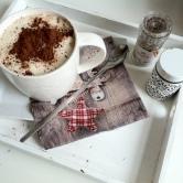So lässt sichs' leben! Mit einem leckeren Tee lassen sich die langen Winter-Abende versüßen.